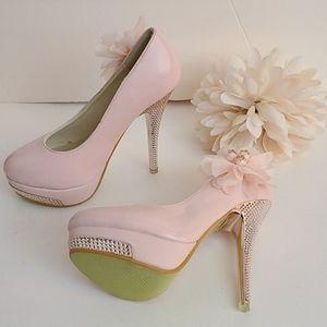 Brand new beige stiletto heels with rhineston and